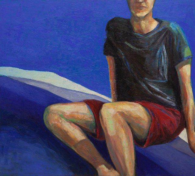 Homem Sentado ao Azul