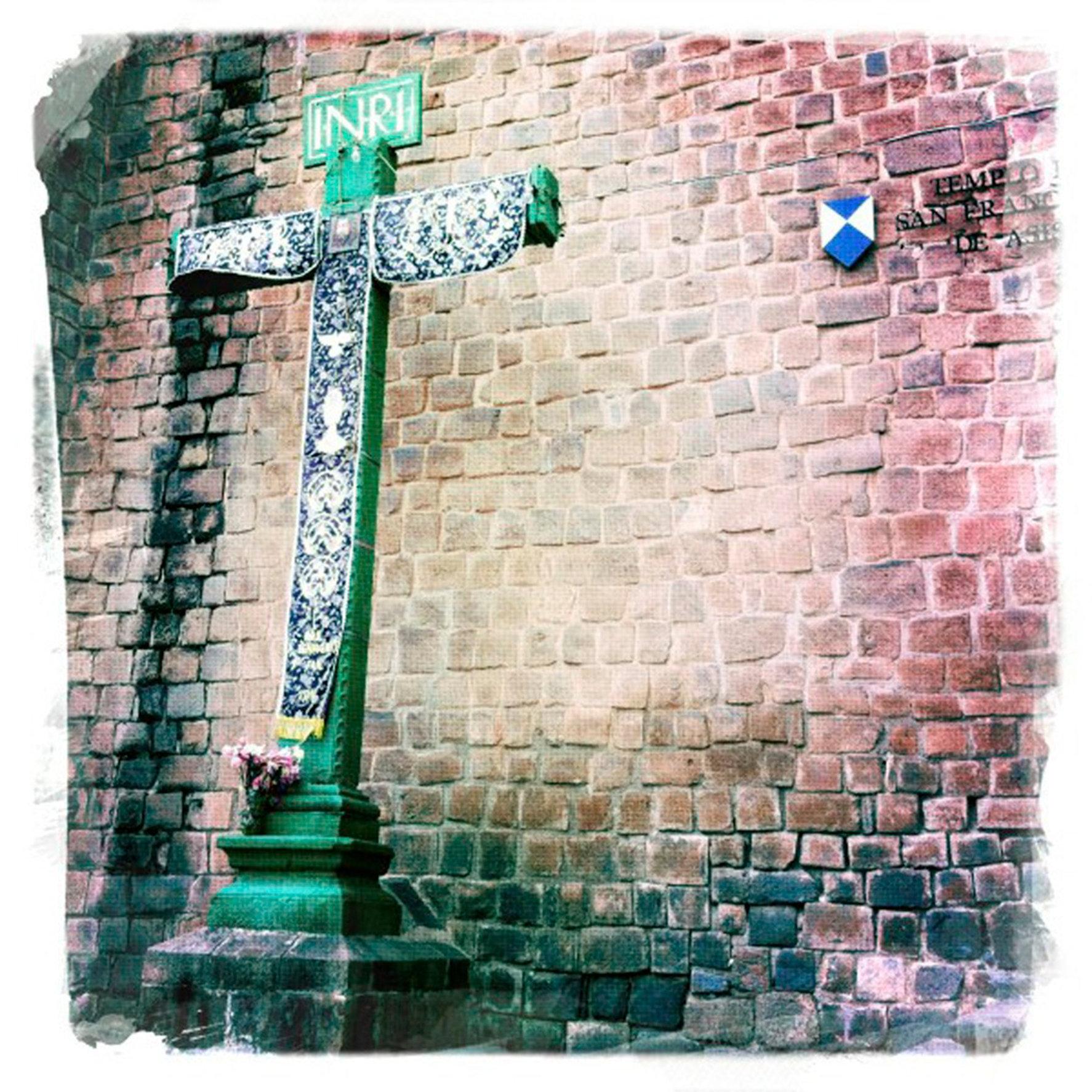 Cuzco Cross