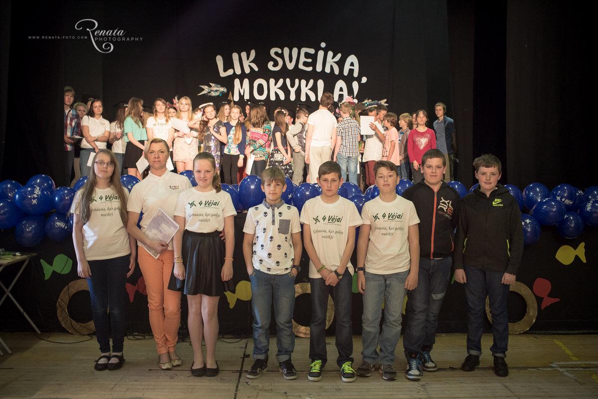 131_4vejai_Lik sveika mokykla2014_web.JPG