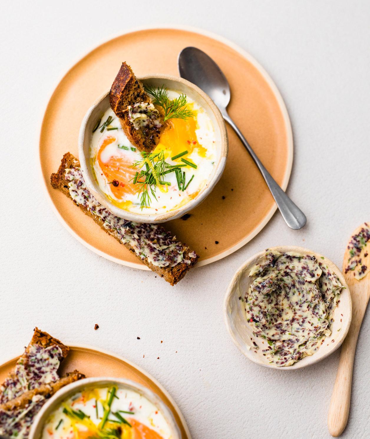 64-65-oeuf-cocotte-saumon-beurre-algue-hachette-brunch-198.jpg