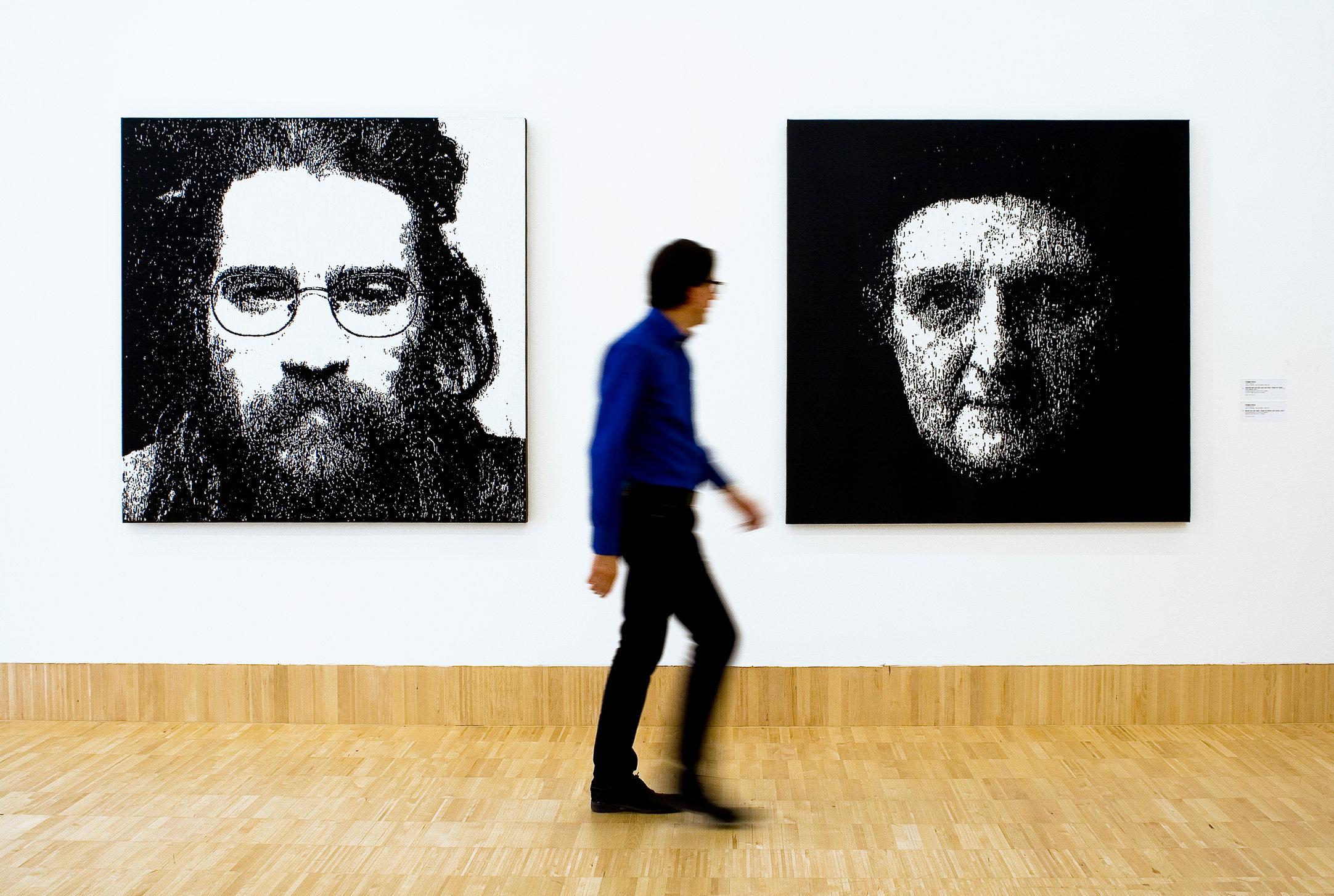 01 lost faces Ausstellungsansicht Essl Museum.jpg