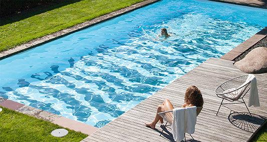 Bernner_swimmingpool01_Stuttgart_Deutschland_80qm_2013_72dpi.jpg