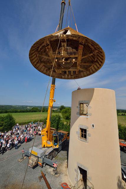 Repose du toit du moulin à vent du Chêne à Vernoux‐en‐Gâtine ‐ Deux‐Sèvres