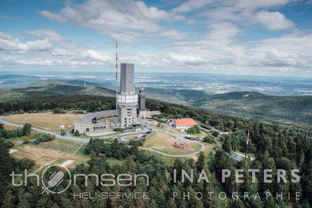 """""""Abheben direkt vom Gipfel"""" in 880m über NN"""