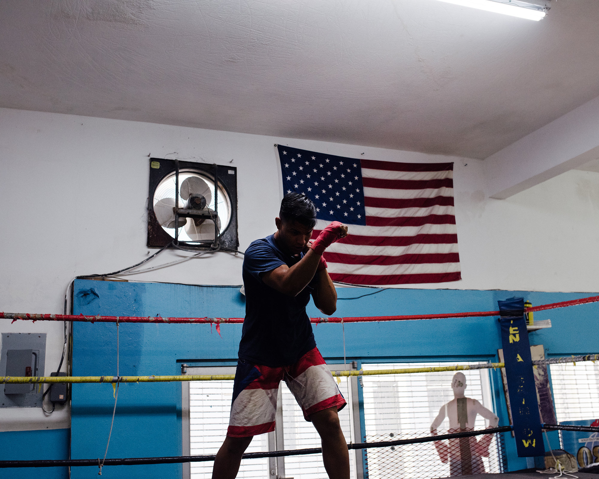 JohnFPeters_WEB_PR_BOXING_021.JPG