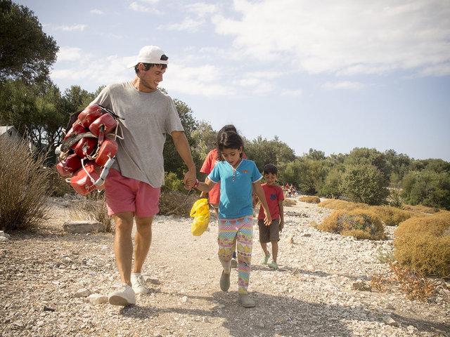 Lesbo_Lezioni di nuoto a bambini rifugiati_5