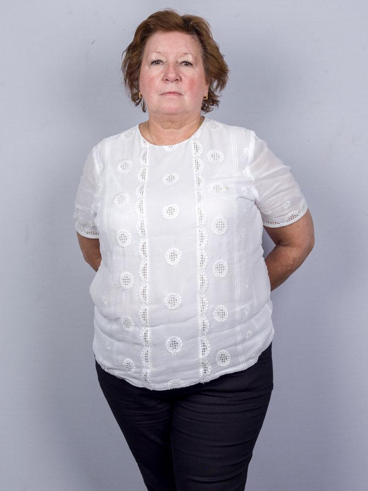 Elaine Burrows-6.jpg