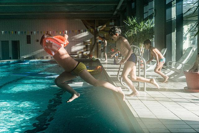 Begleitung-Flüchtlinge-schwimmen-16.jpg