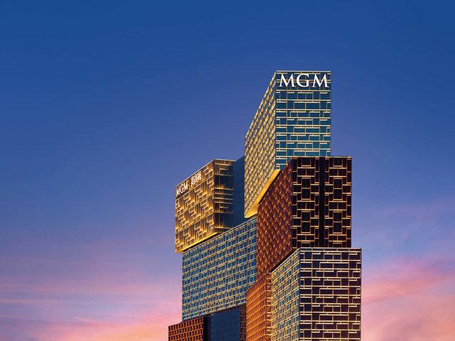 MGM_0012_ver4_HR_2.jpg