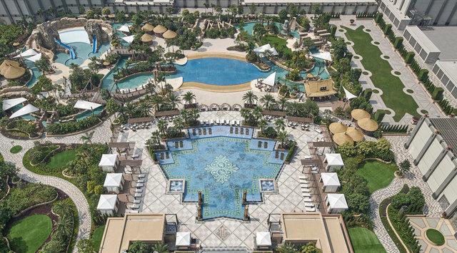 Riverscape Swimming Pool Deck Aerial 2E0026-04 copy copy.jpg