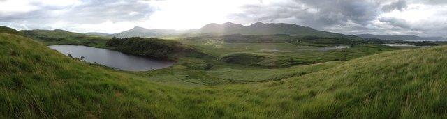Loch a Ghlleannain and Loch Don