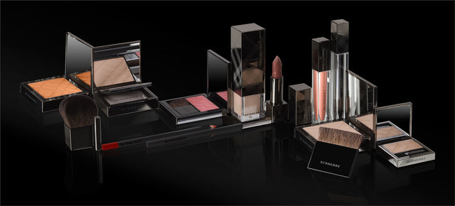 Gamme-Make-up-Burberry.jpg