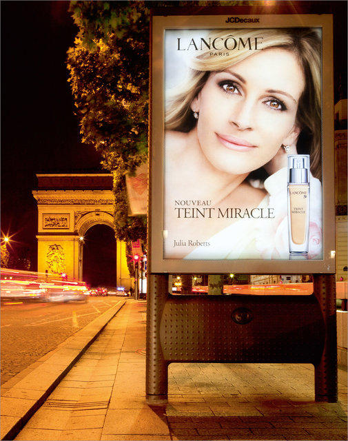 Teint-Miracle-champs-elysees.jpg
