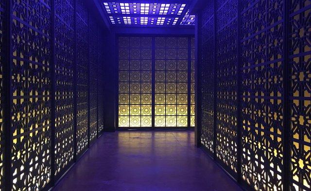 Int. Hong Kong Club - Studio Build set - VIP Entrance corridor