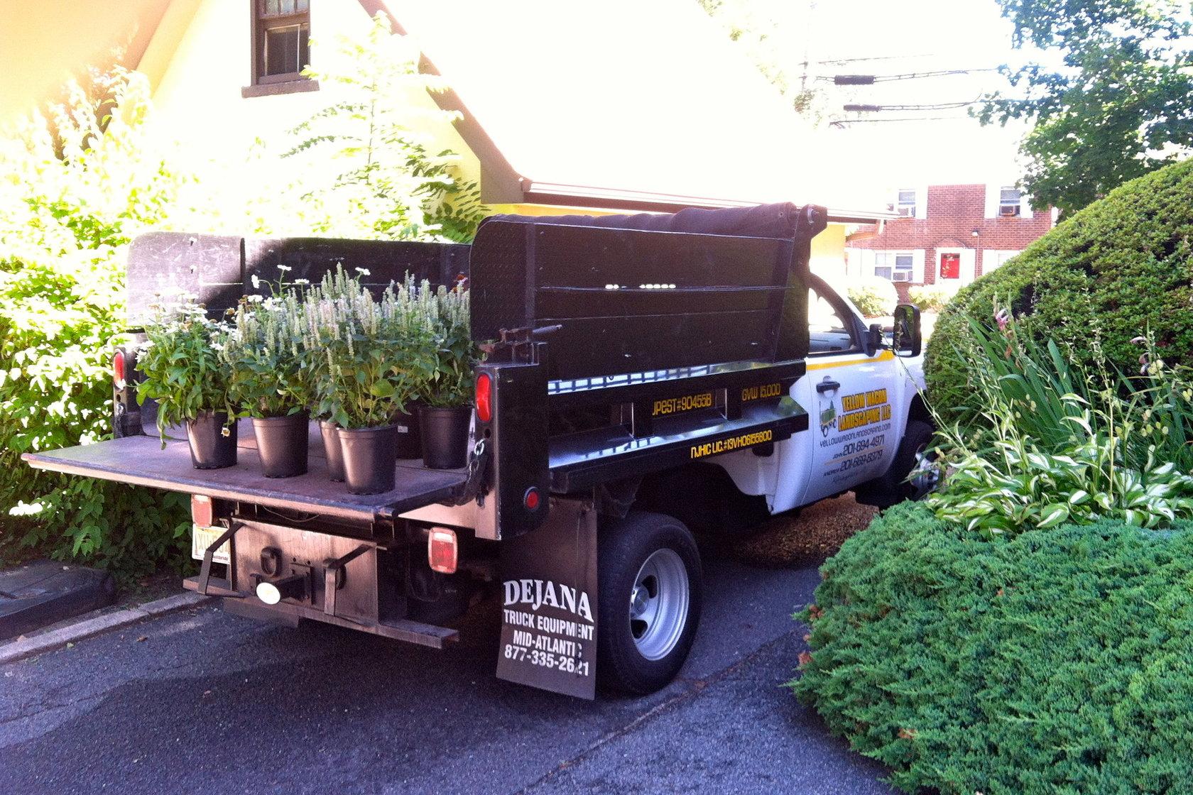 yellow wagon landscaping llc