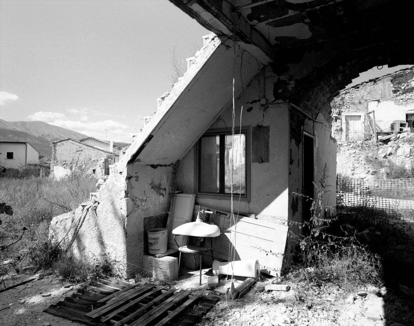 10_Dopo, la polvere © Gianfranco Gallucci 72w.jpg