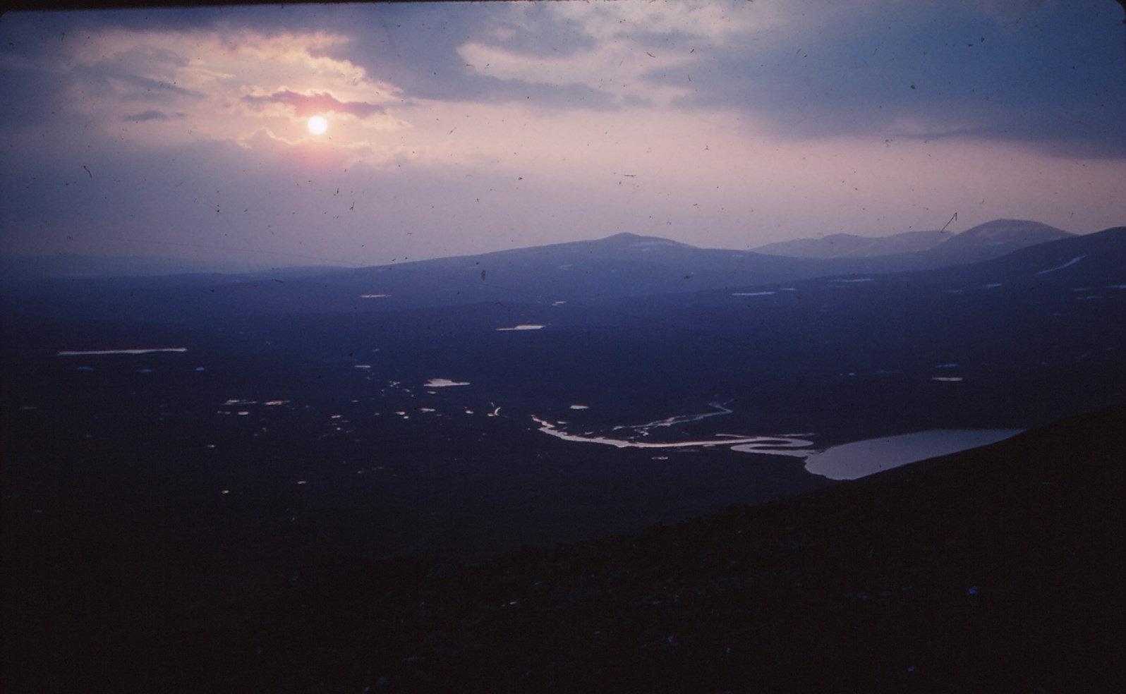 948 (22) Vuorje: Uitzicht vanaf helling Vuorje