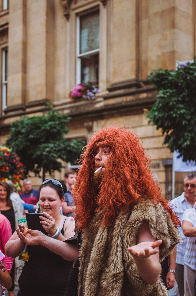cavemen_low_006.jpg