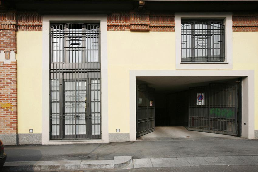 entrata via Pietrasanta 8