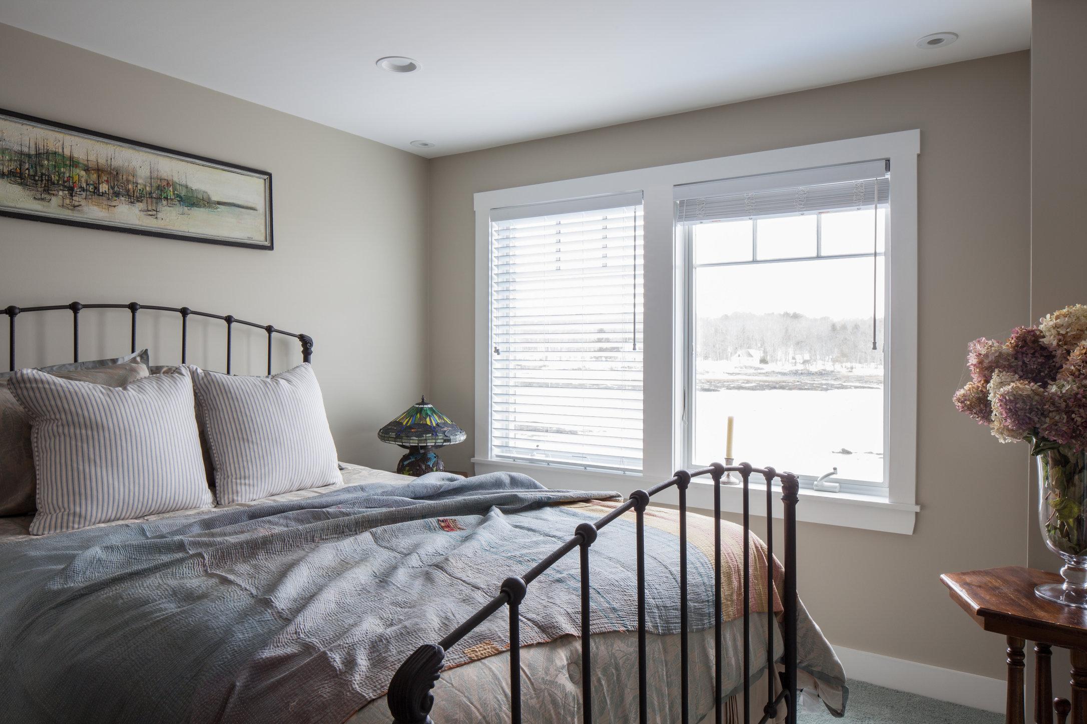 Guest Bedroom-4