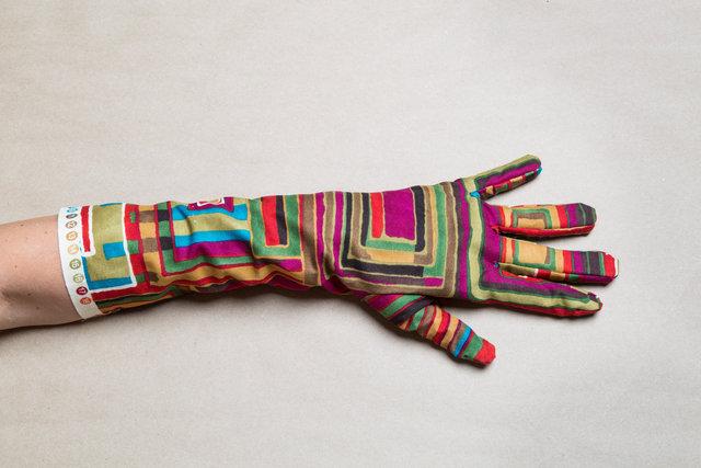 Gloves_Box102-Edit.jpg