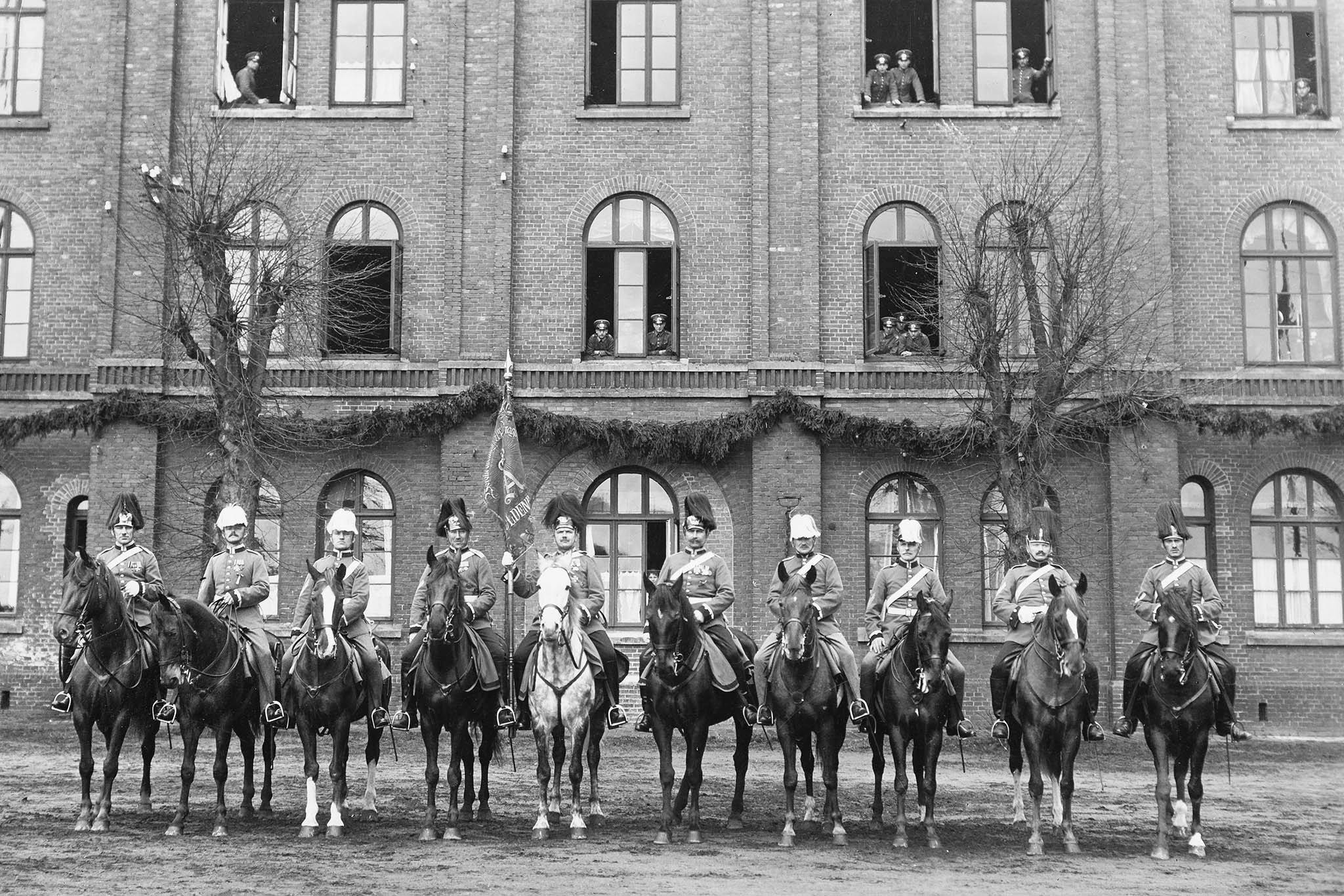 militaire ruiters voor de eerste wereldoorlog