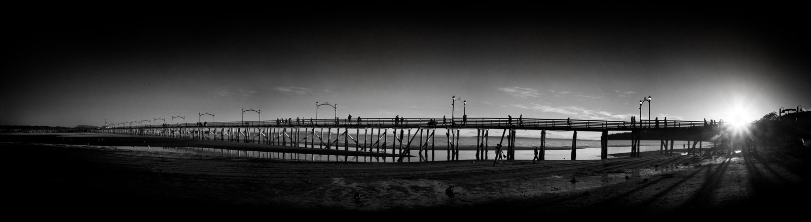 White Rock Pier4 Pano.jpg