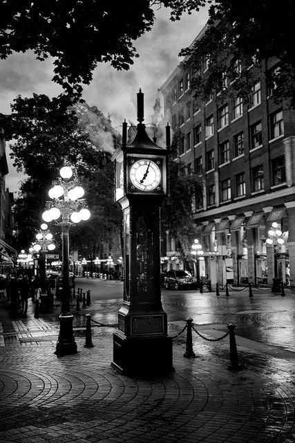 Steam Clock.jpg