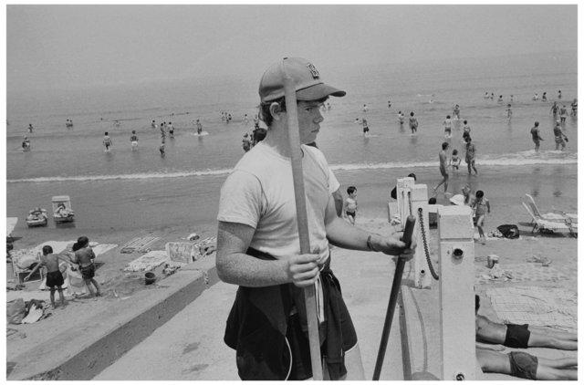 Beach 002.jpg