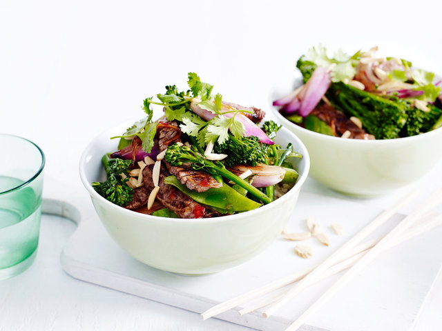 Andy-Lewis©Food-photographer_Food-Photography_Coles_Beef-Broccolini-Snow-Pea&Almond-Stir-fry.jpg