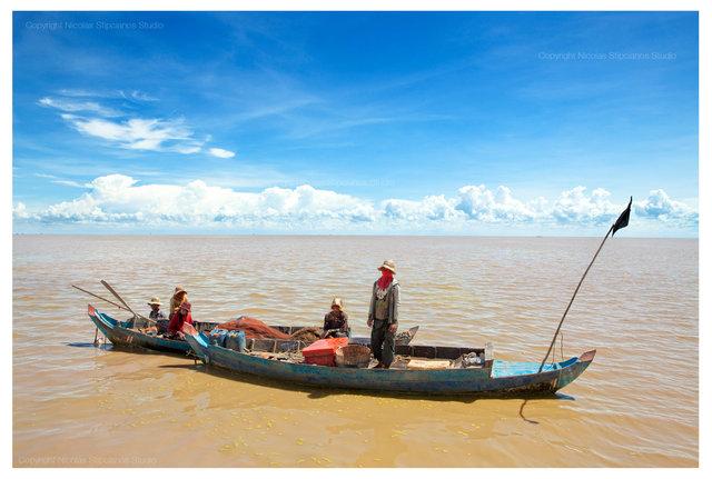 0006_95-family-cambodia_nicolas_Stipcianos_photographernico.jpg