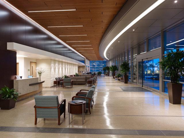 UCSD Sulpizio Cardiovascular Center | Lobby