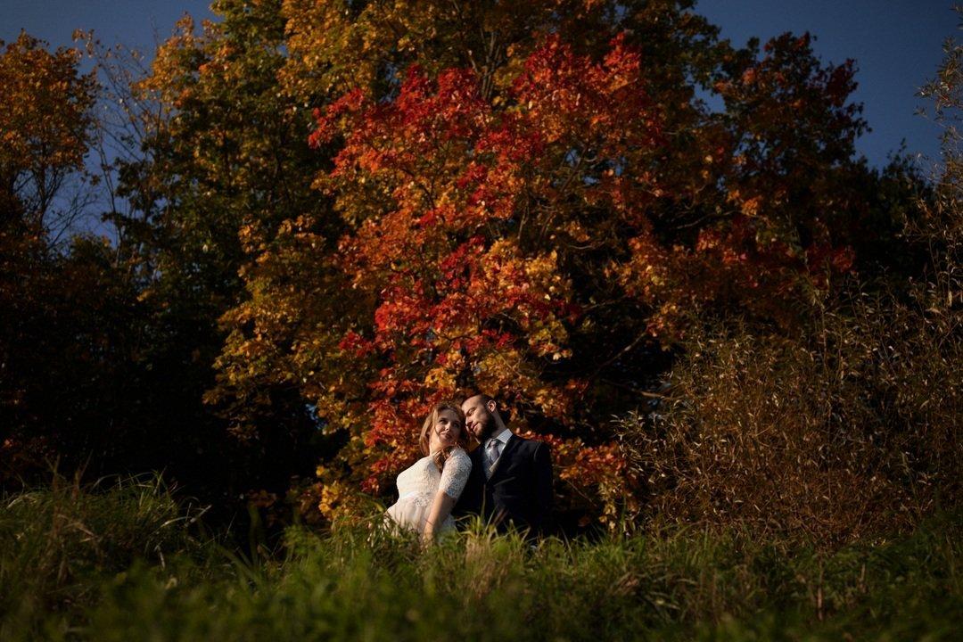 OL8A0210 ślubne fotografie siedlce para młoda sesja jesienią.jpg