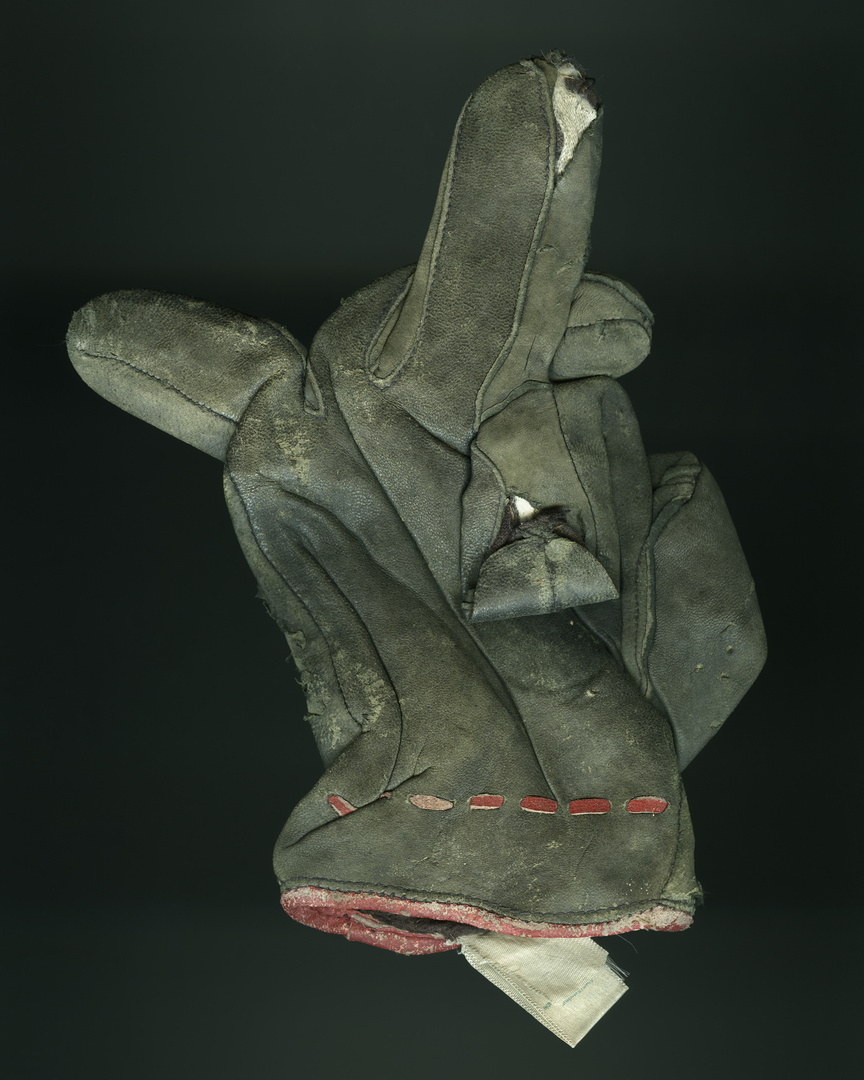 1_Glove_001 V1_FF.jpg