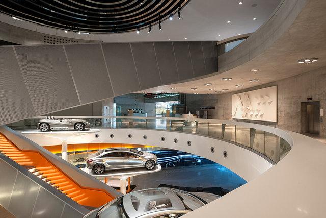 Museumsfotografie-Mercedes-Museum-4.jpg