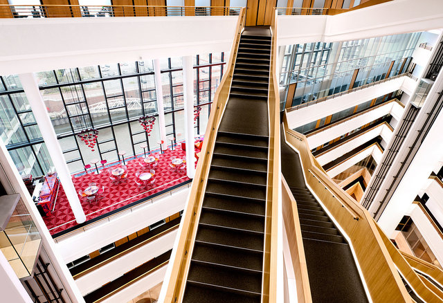 Spiegel-Atrium-Interieurfotografie-4.jpg