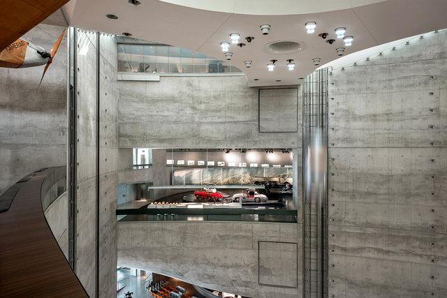 Museumsfotografie-Mercedes-Museum-6.jpg