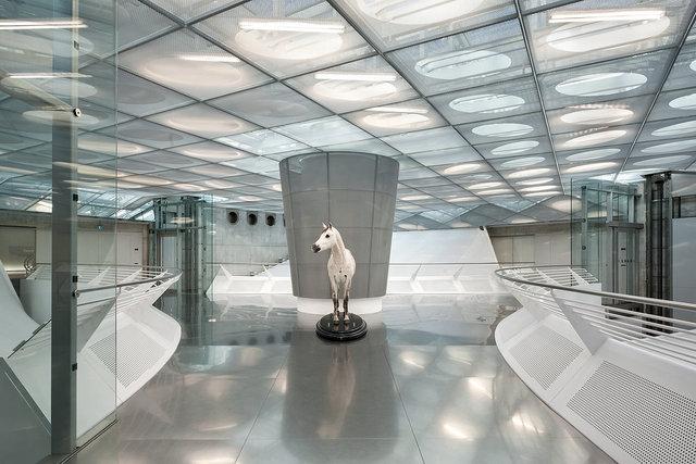 Museumsfotografie-Mercedes-Museum-11.jpg