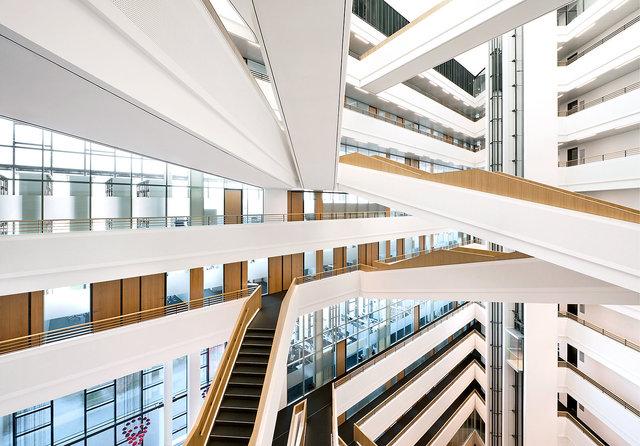 Spiegel-Atrium-Interieurfotografie-6.jpg