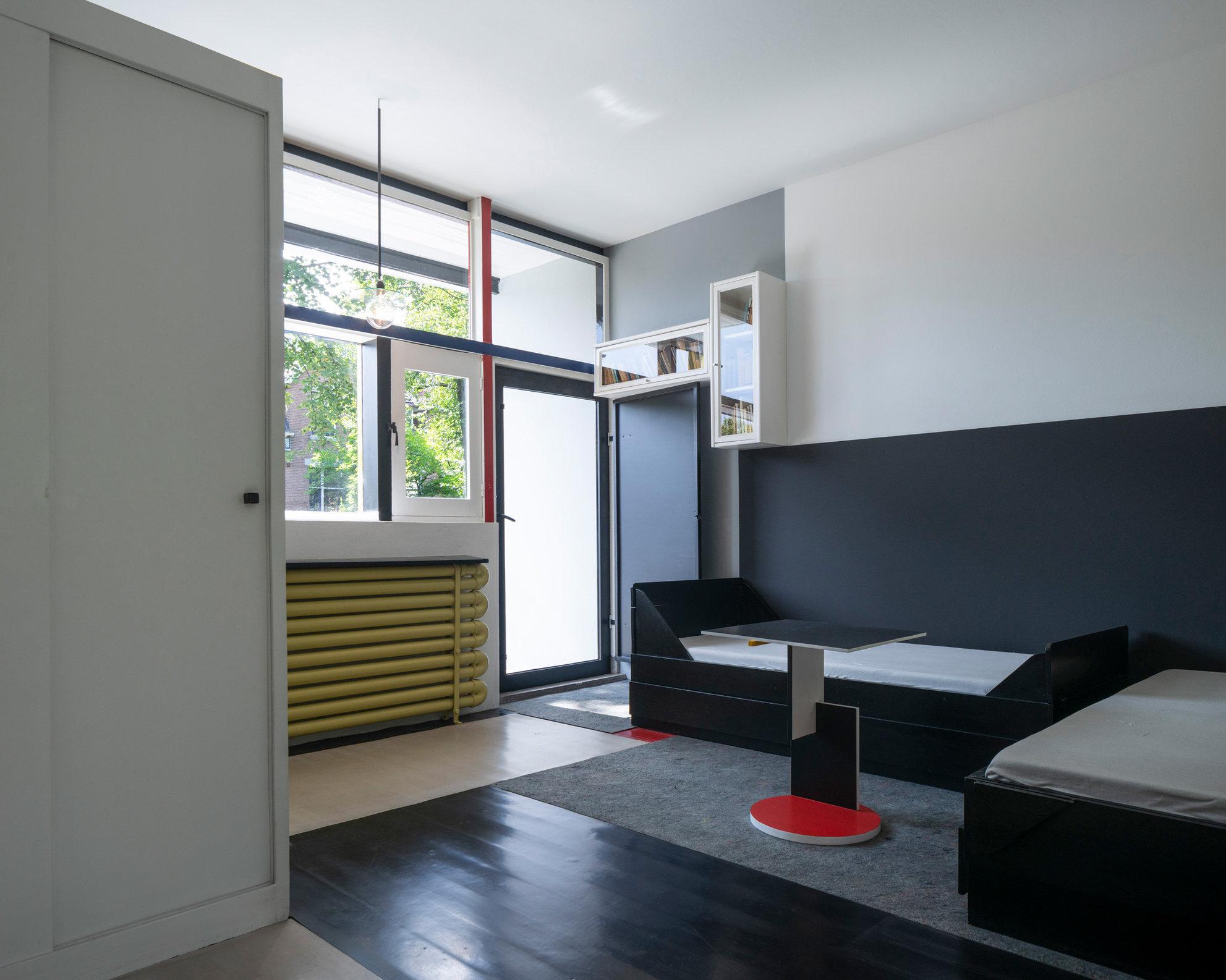 Schröder House - Gerrit Rietveld