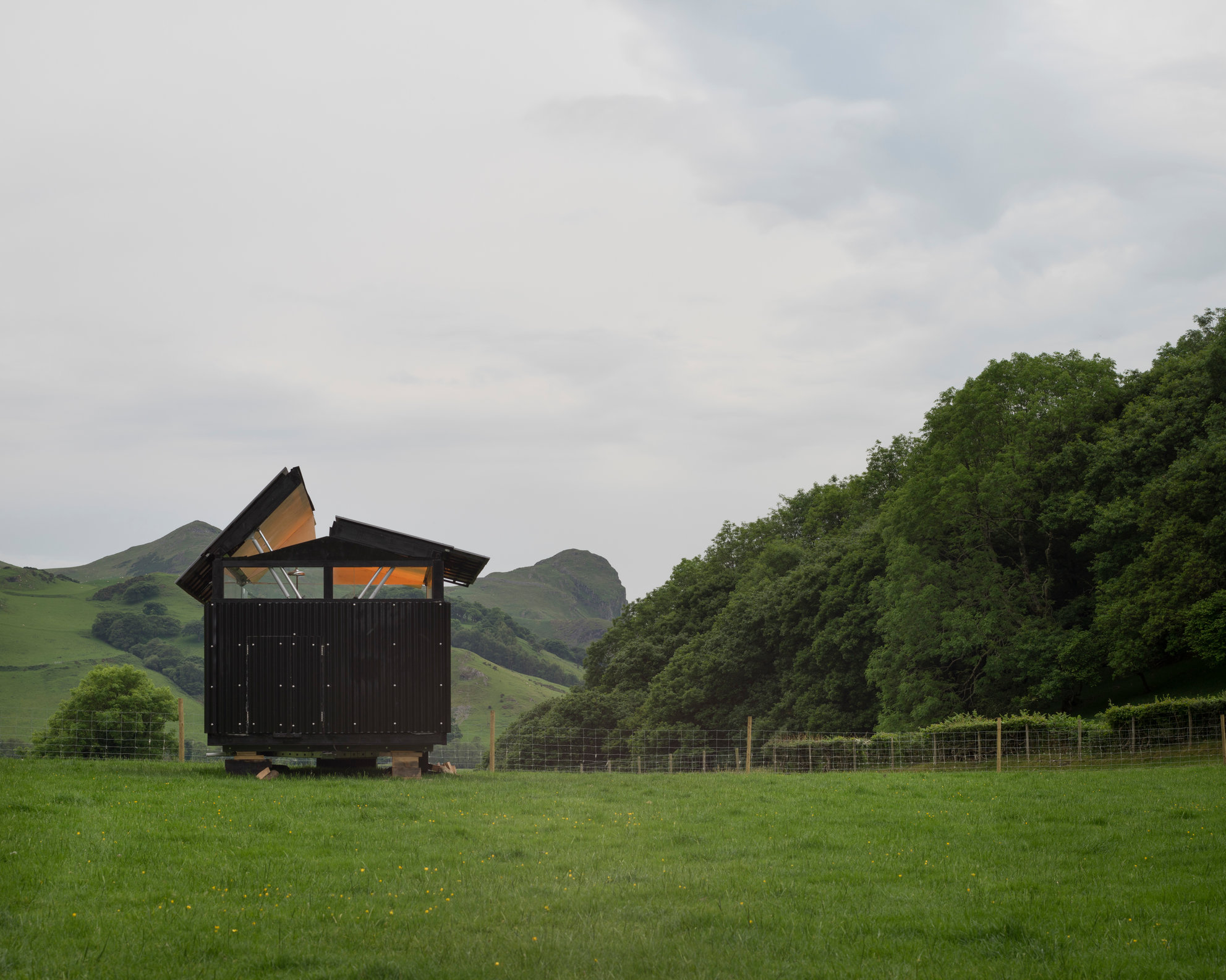 SkyHut, Wales. Waind Gohil and Potter Architects