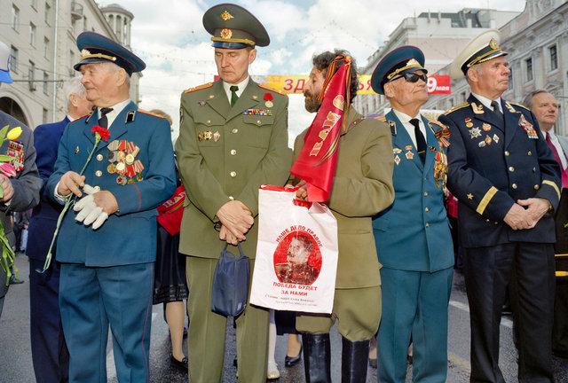 EU 731 7 Moskou, parade, officieren 1 kopie.jpg