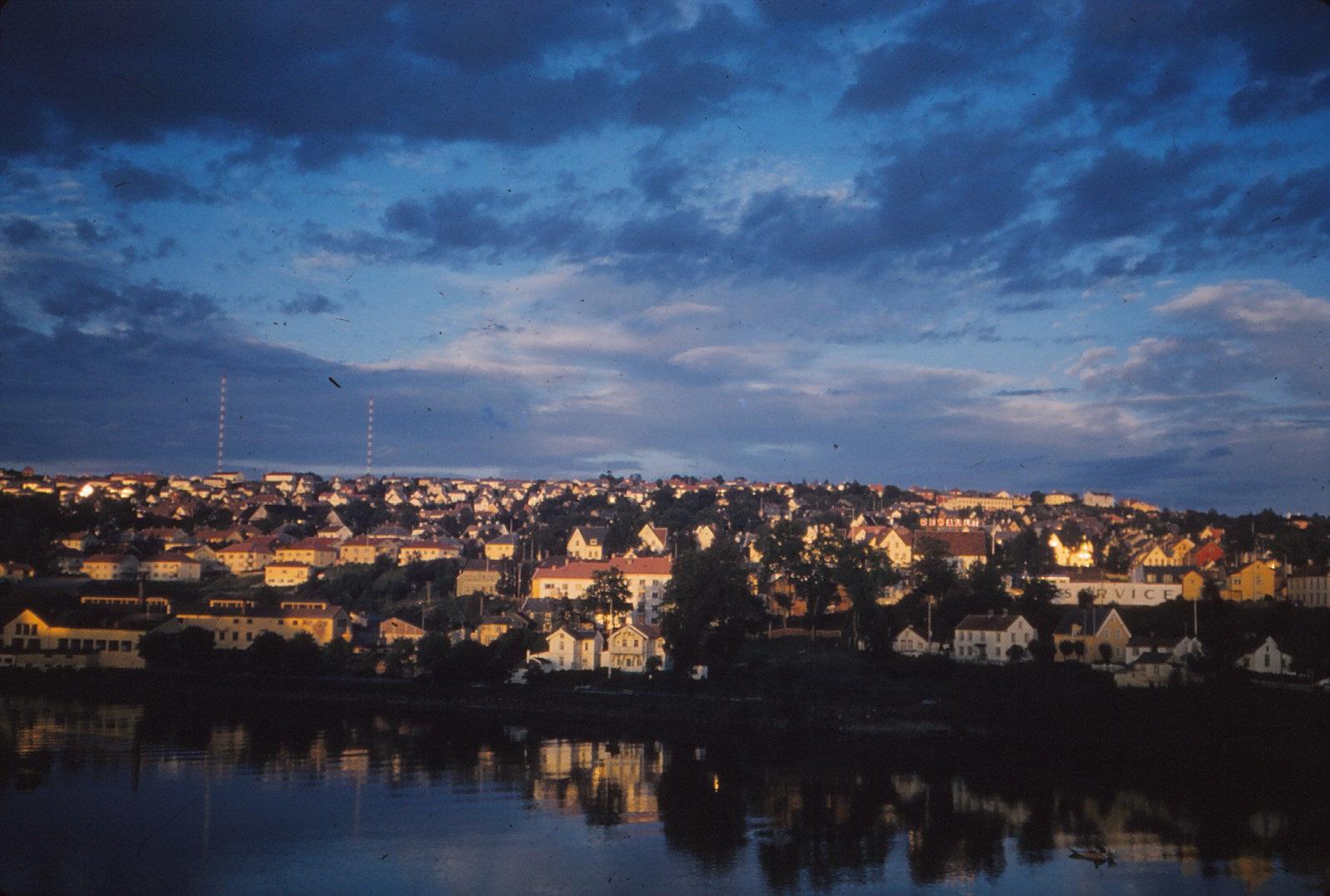 1157 (7) Trondheim Panorama