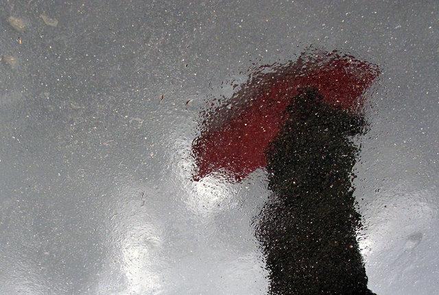 © CORDAY - Red Umbrella