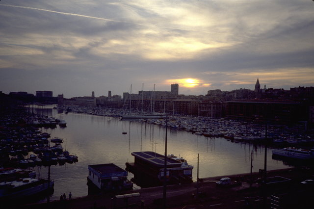 © CORDAY - Marseille Soir