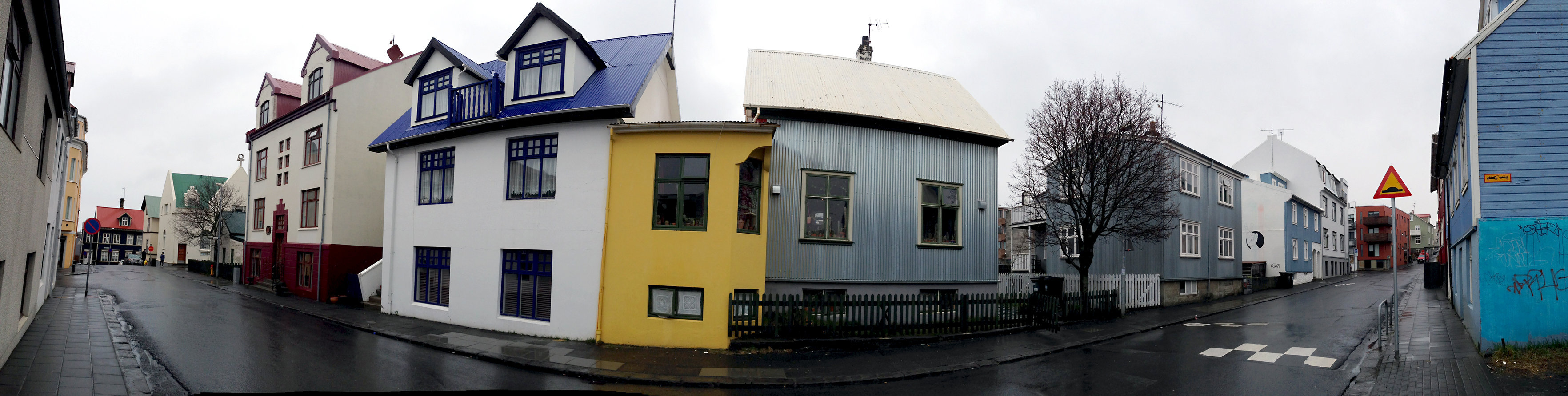© CORDAY - Iceland, No. 206 - Yellow House