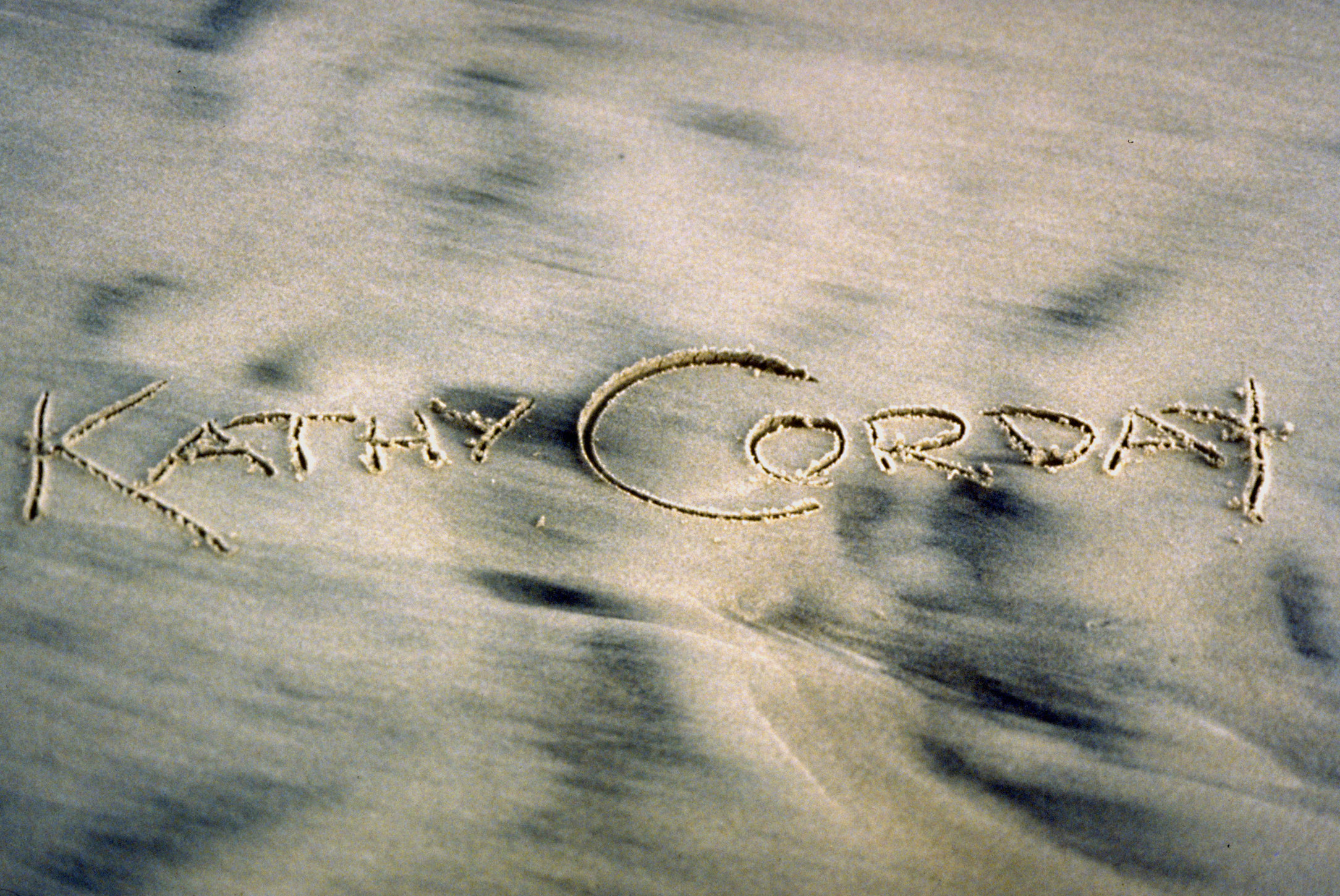 © CORDAY - Script In Sand