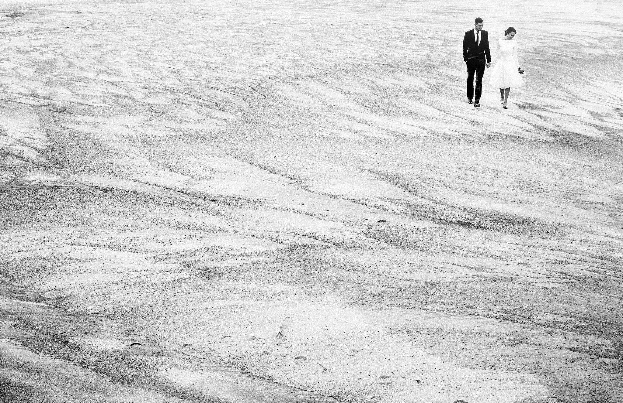 Walking_on_the_sea.jpg