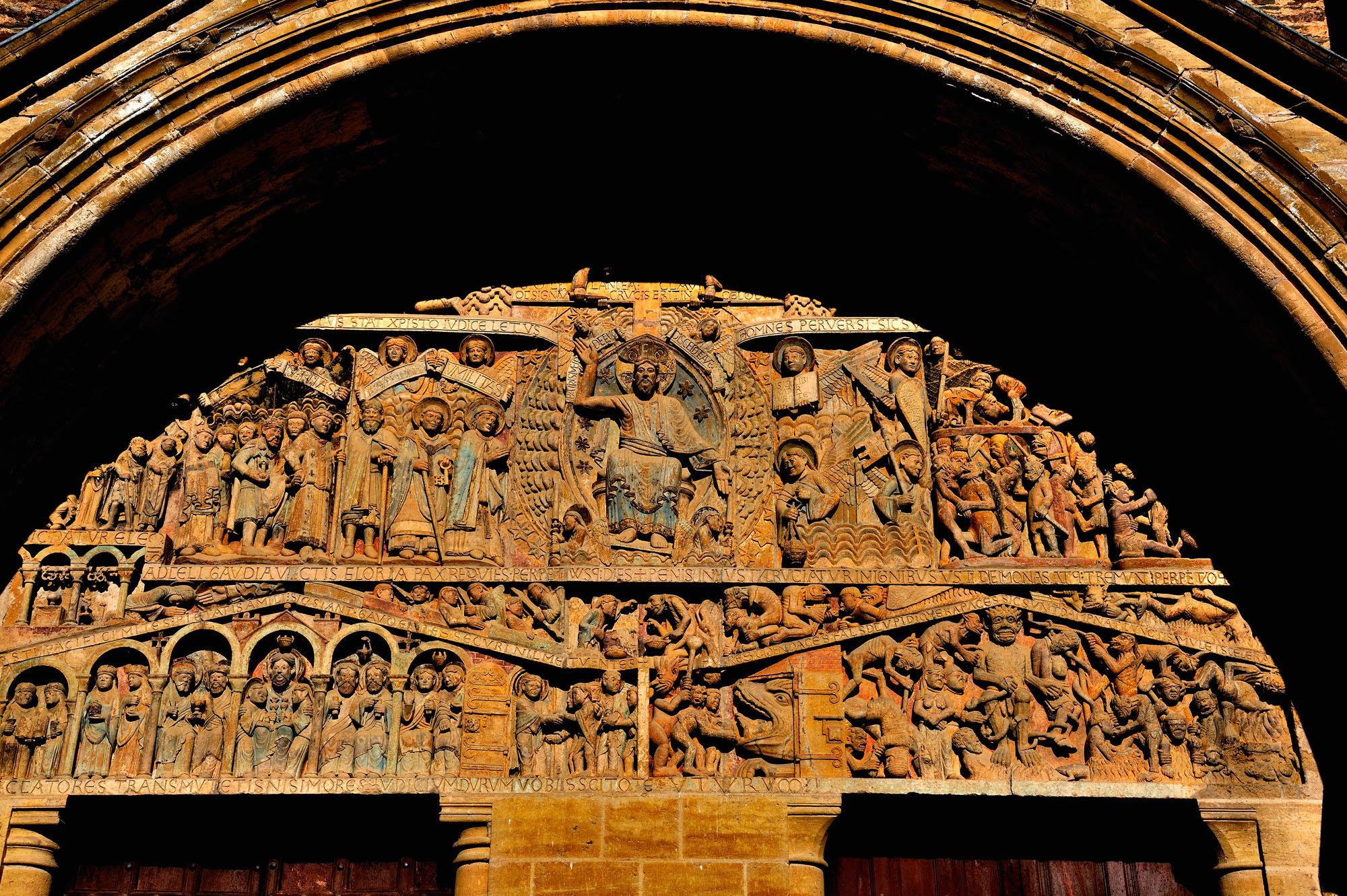 Le tympan de l'abbatiale sainte-Foy de Conques
