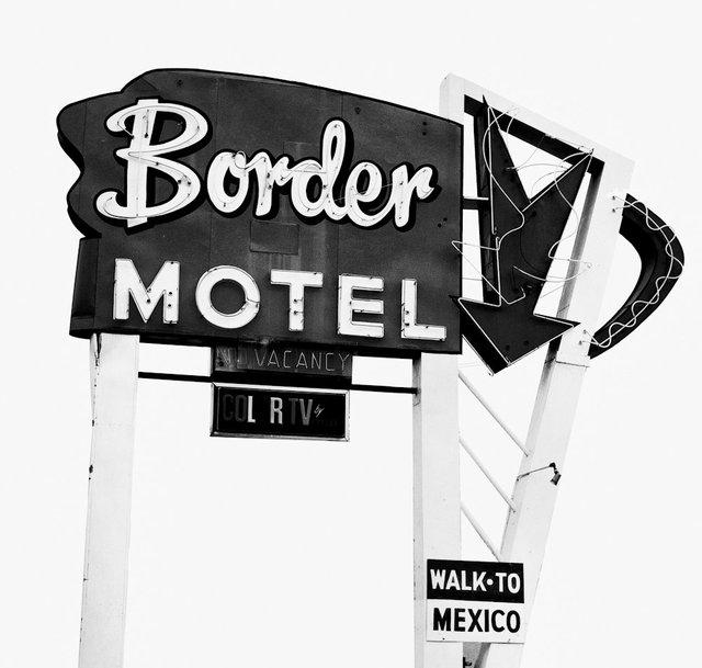 border motel-Edit.jpg
